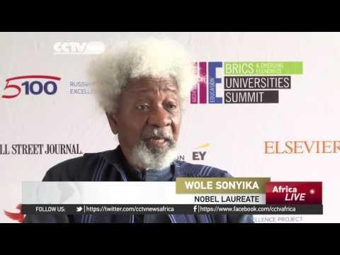 Nobel Laureate Wole Soyinka Gives Up US Residency After Trump's Victory