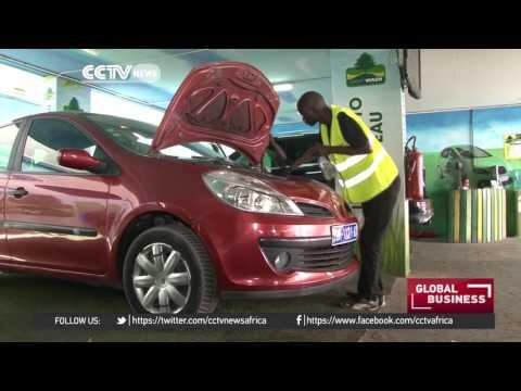 Senegalese Entrepreneurs Set Up Eco-friendly Car Wash