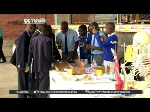 Zimbabwe Government To Pay School And Boarding Fees For Teenagers
