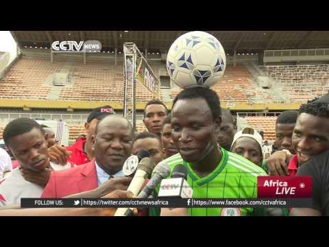 Nigerian Sets Record For Distance Walked With Football On The Head